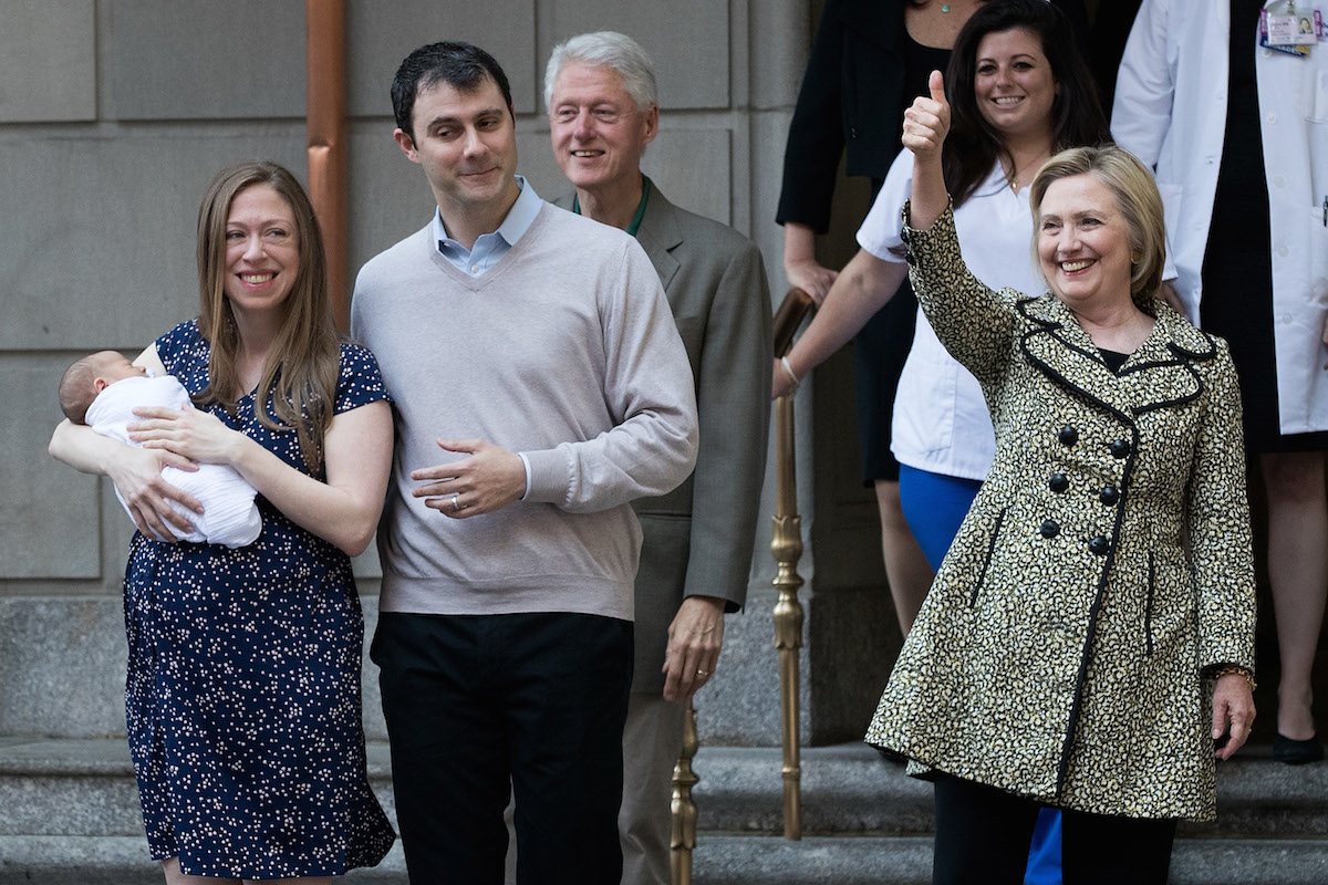 Chelsea Clinton, holding her newborn son Aidan, Marc Mezvinsky,  former President Bill Clinton,  and Democratic Presidential candidate Hillary Clinton exit Lenox Hill Hospital, June 20, 2016 in New York City. (Photo by Drew Angerer/Getty Images)